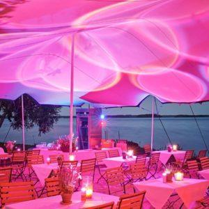 Außergewöhnliche Location für Hochzeit am See